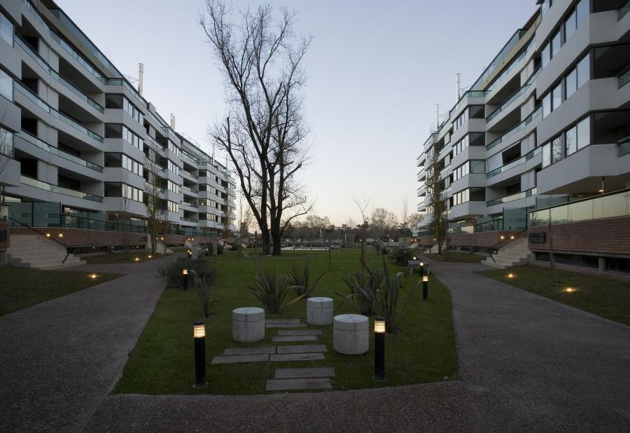 Condominios del Alto 1 | Galeria de Fotos