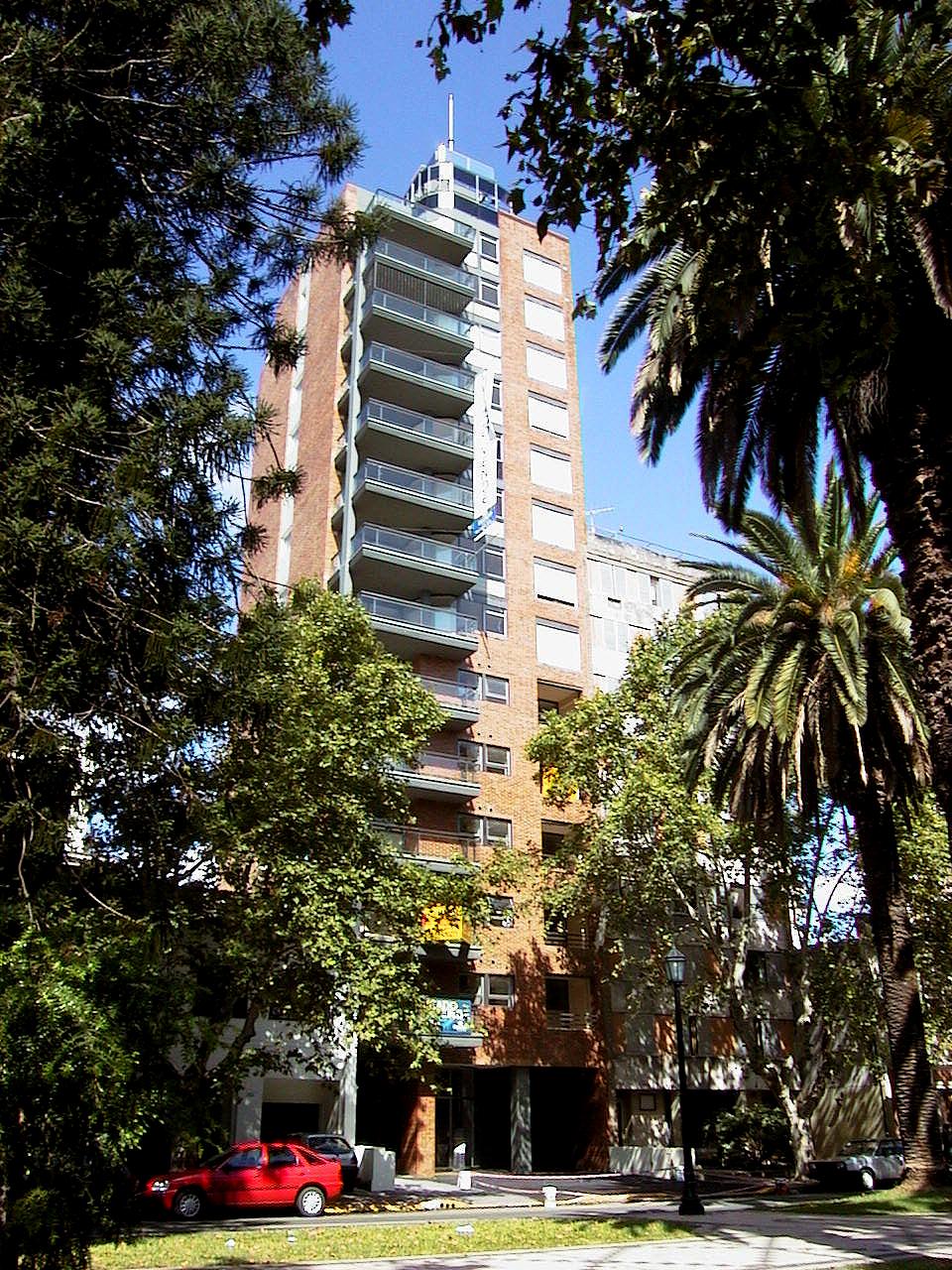 Plaza Oroño - Galeria de Fotos